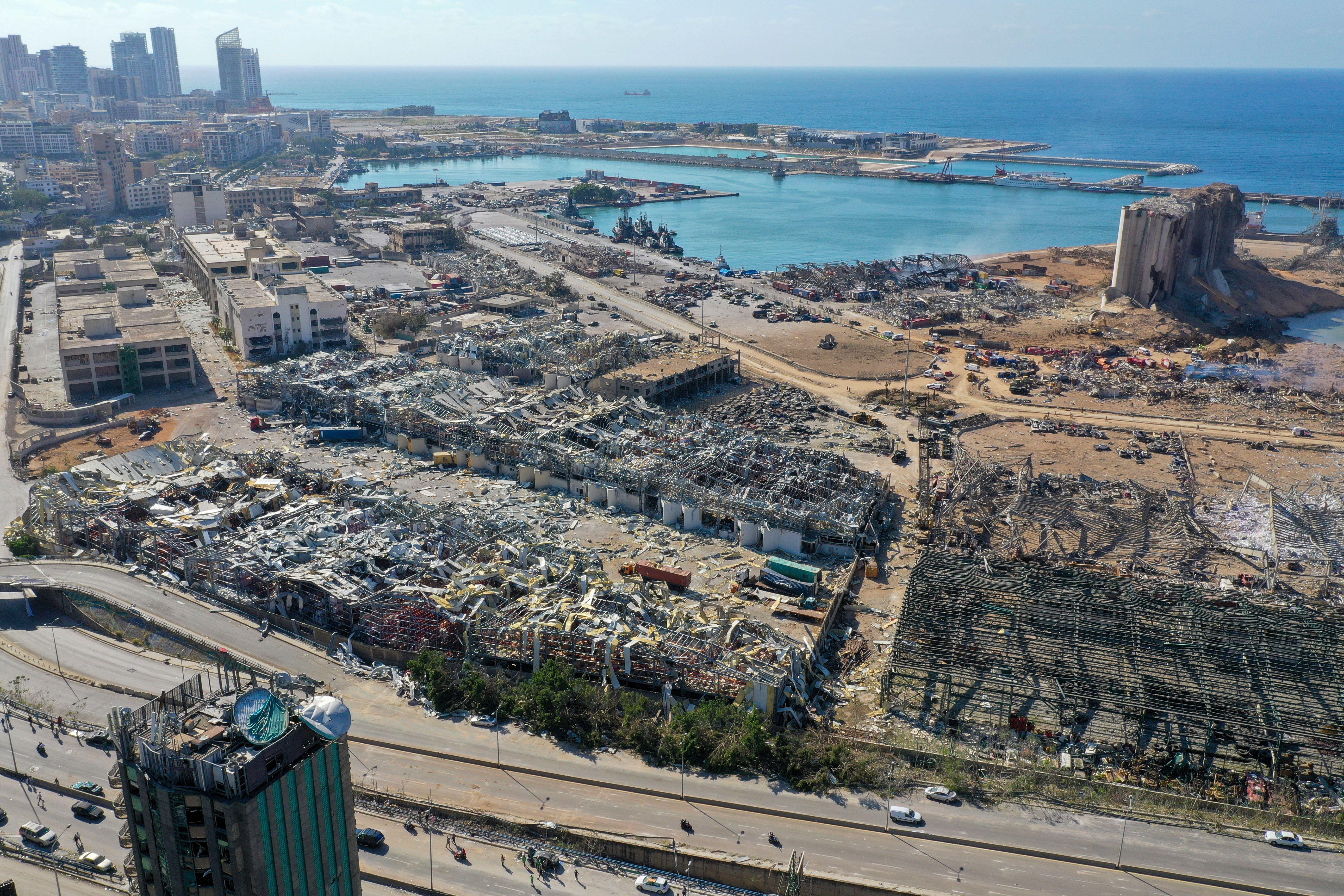Hat hónapja figyelmeztettek, ha nem viszik el a 2750 tonna ammónium-nitrátot, felrobban egész Bejrút