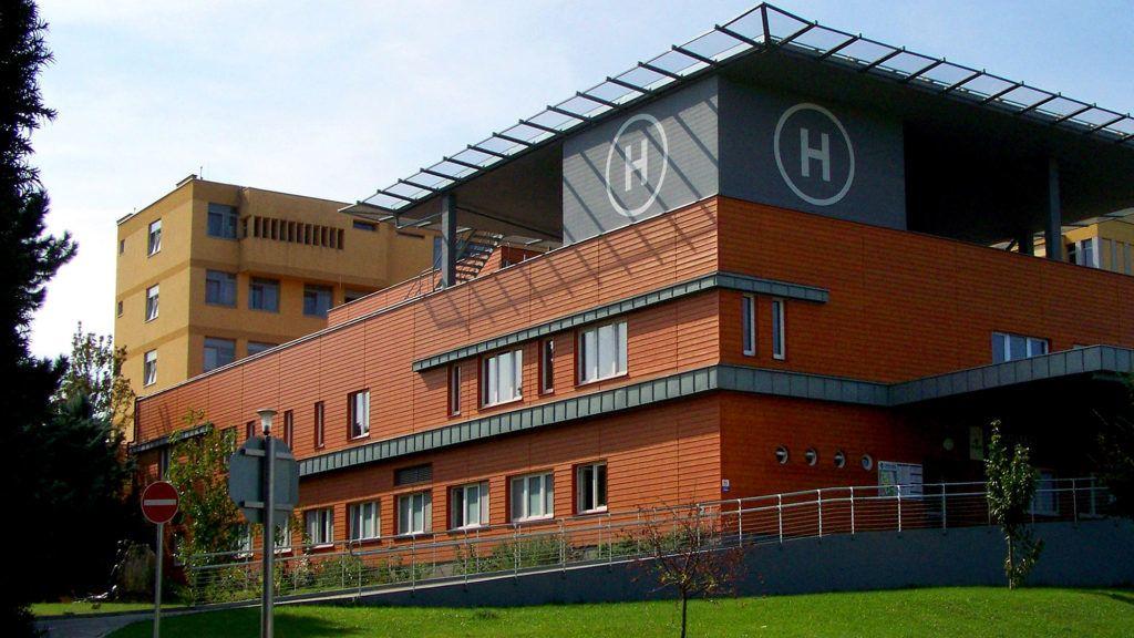 Egy ápoló és egy beteg is koronavírusos lett a siófoki kórházban