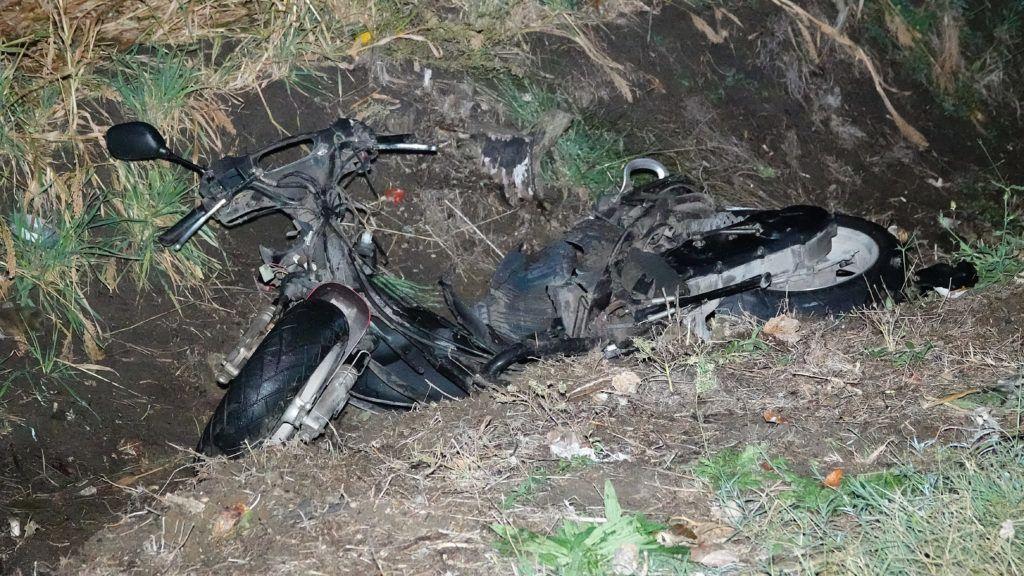 Feladta magát a férfi, aki halálra gázolt egy szabályosan közlekedős segédmotorost, majd elmenekült