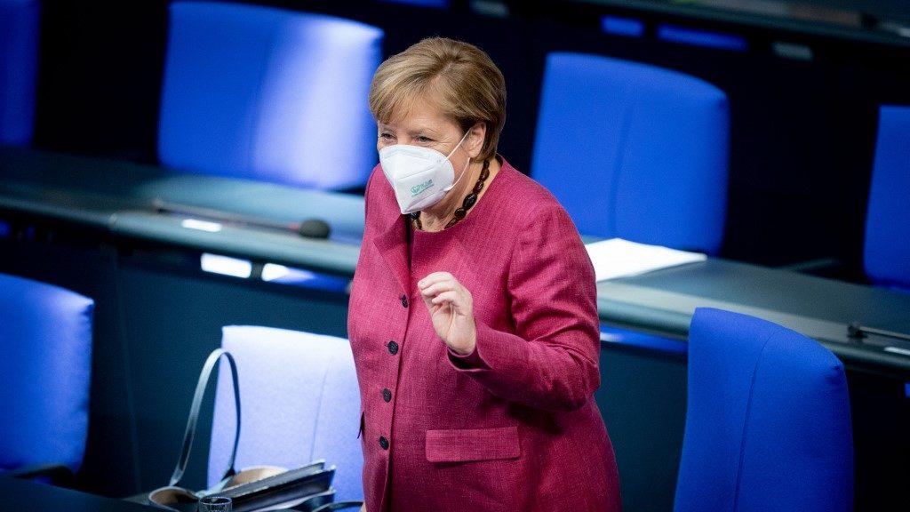 Merkel: Csak nyílt párbeszéddel lehet megbirkózni a járvánnyal