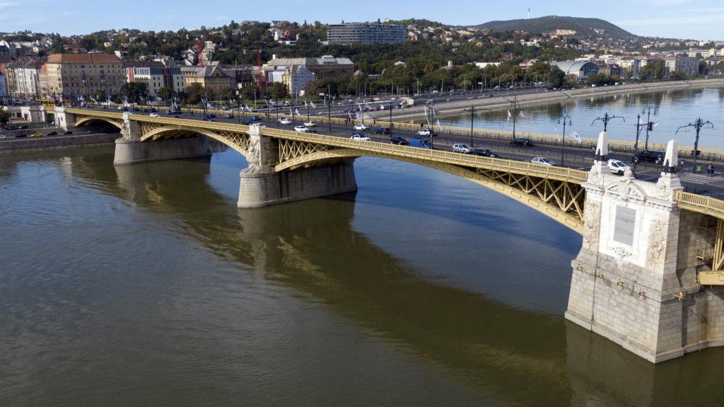 A Dunába vetette magát egy 19 éves férfi