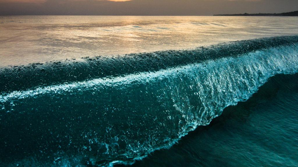 Hatalmas cunami nyomaira bukkantak