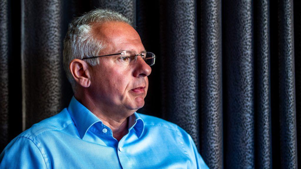 Élesedik a konfliktus a pécsi polgármester, valamint a DK és a Momentum között