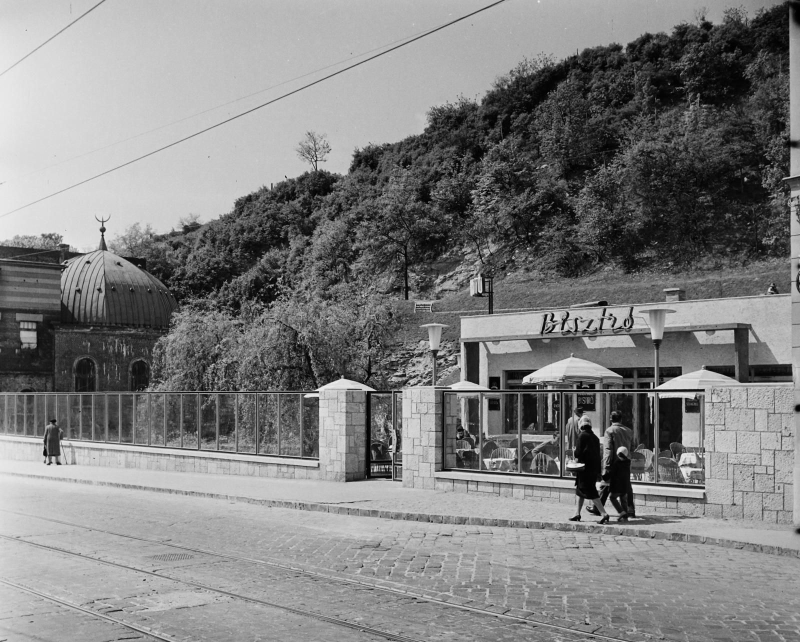 A Frankel Leó út felé néző főhomlokzat 1962-ben.