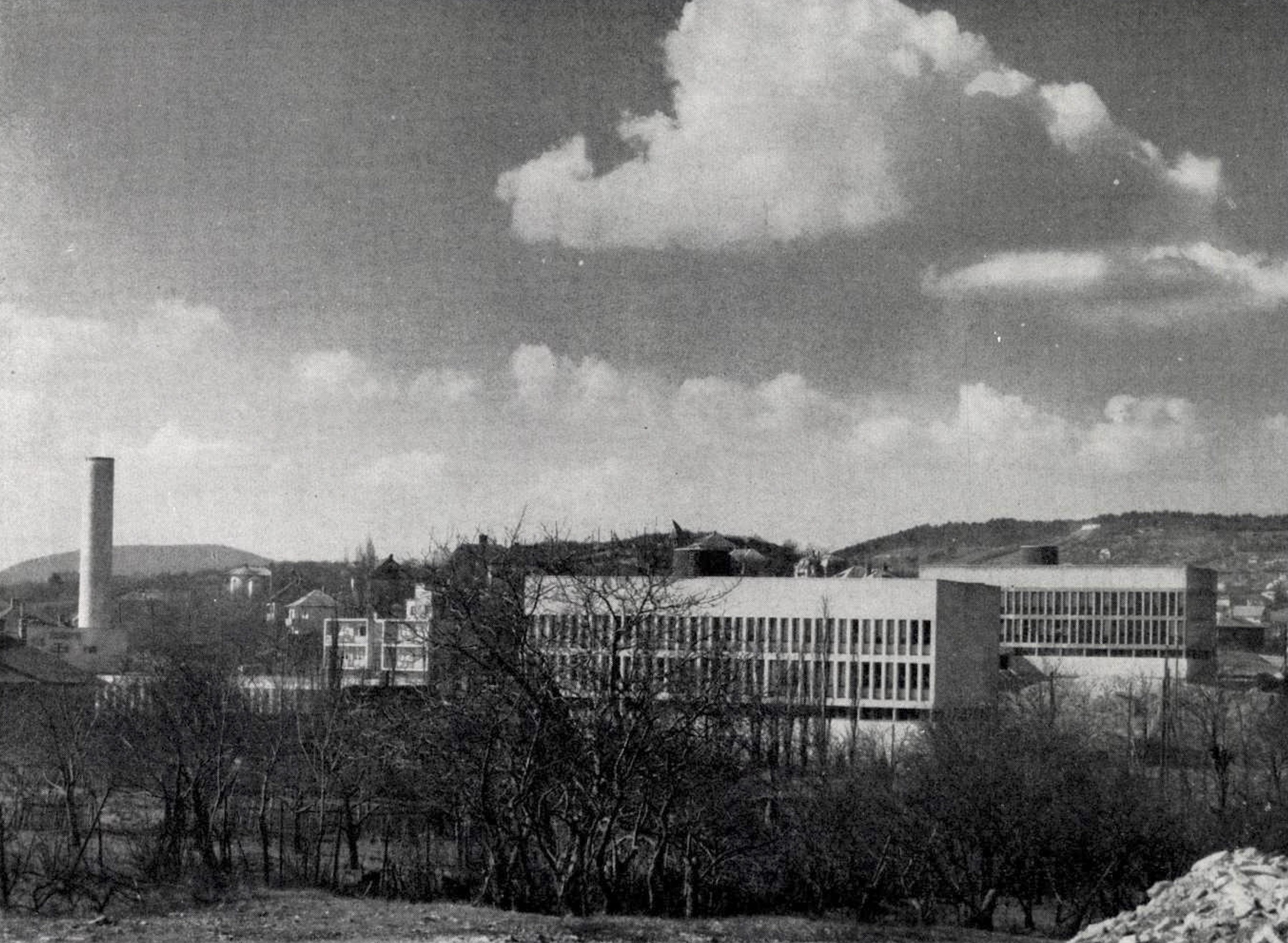 Az épületegyüttes képe a Magyar Építőművészet 1961/6. számában