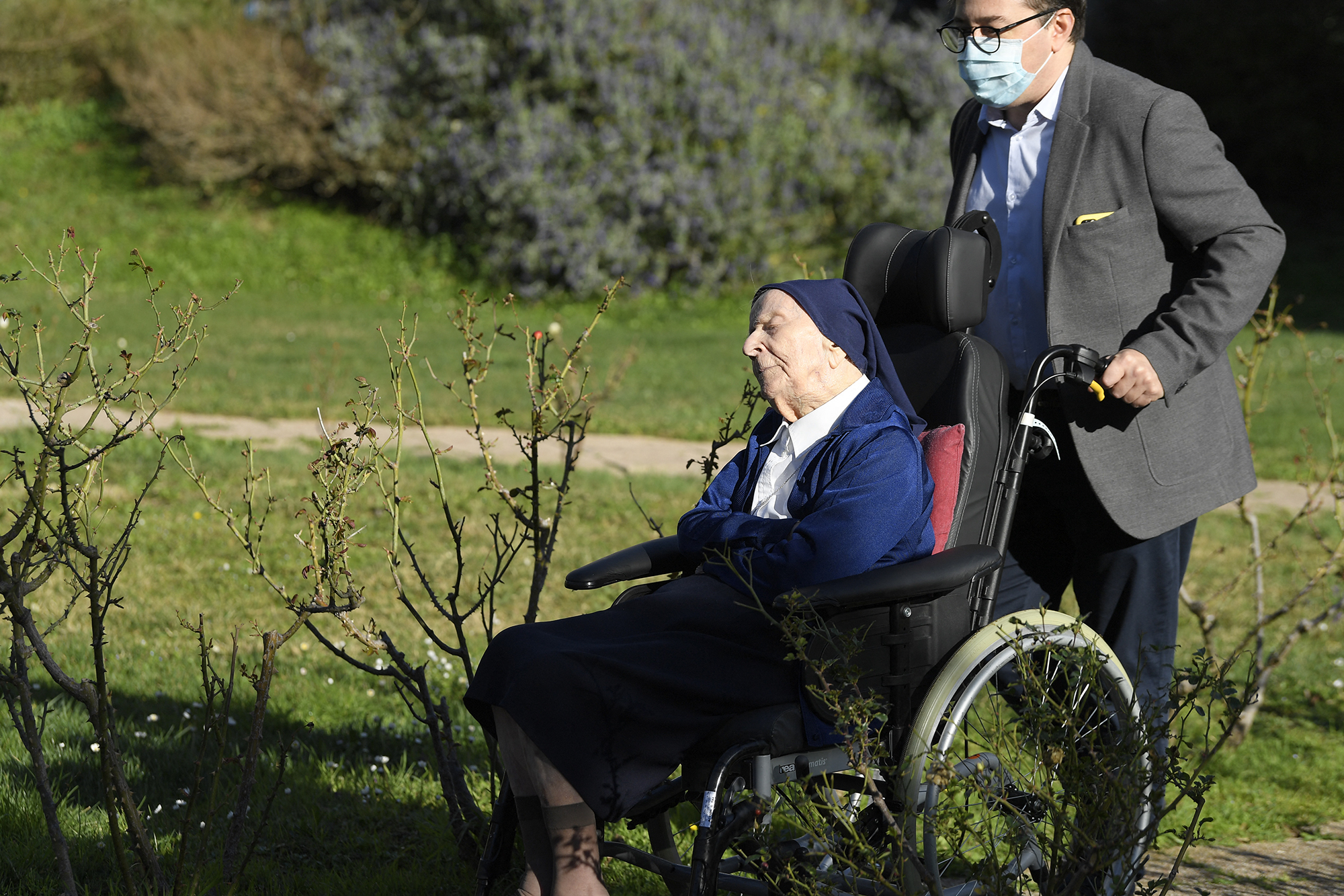 """""""Tippem sincs, mi a hosszú élet titka"""" – mondja André nővér, aki 117 évesen is túlélte a koronavírust"""