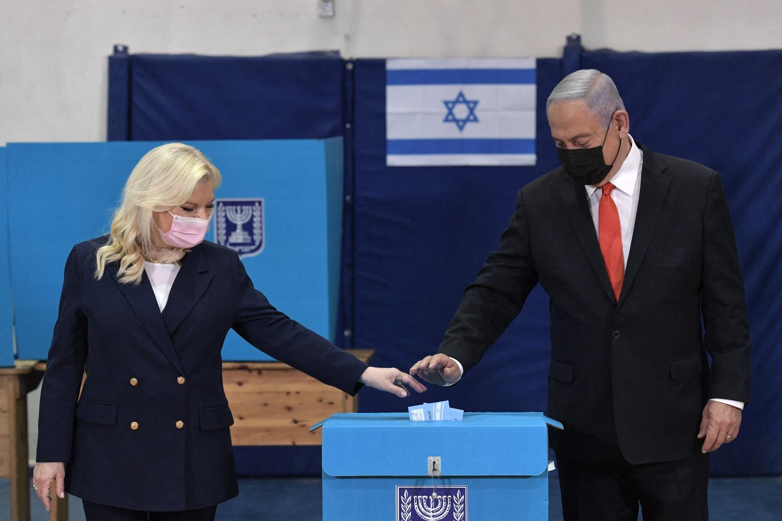 Megint szűken győzött Netanjahu, most sem lesz könnyű kormányt alakítania