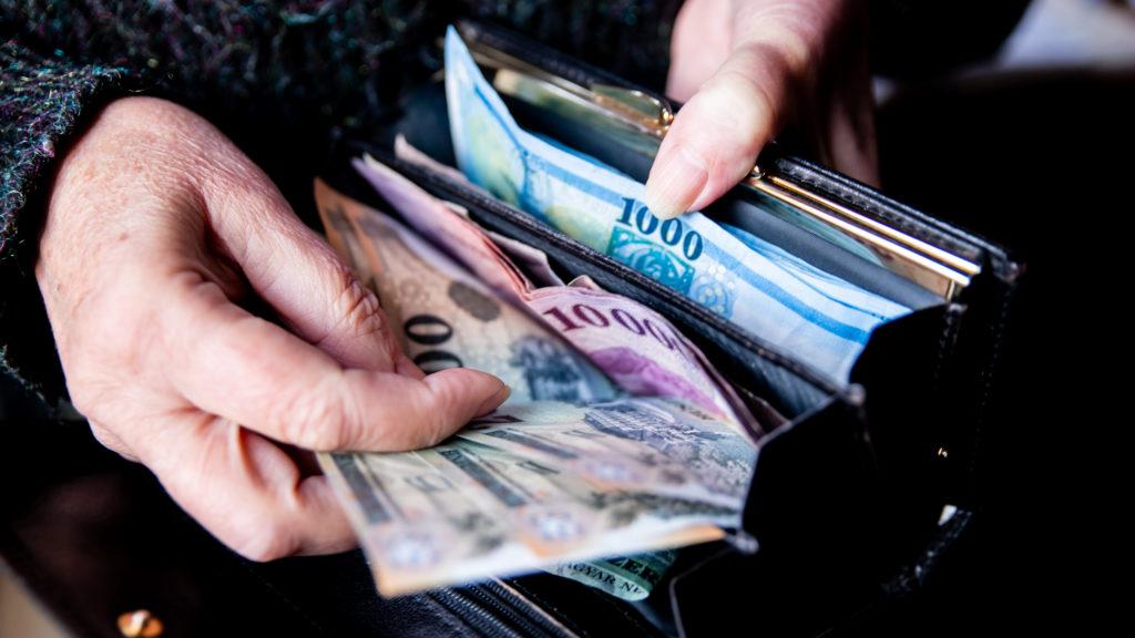 Bruttó 410 ezer forint fölött az átlagkereset, de ennél jóval kevesebbet keresnek nagyon sokan