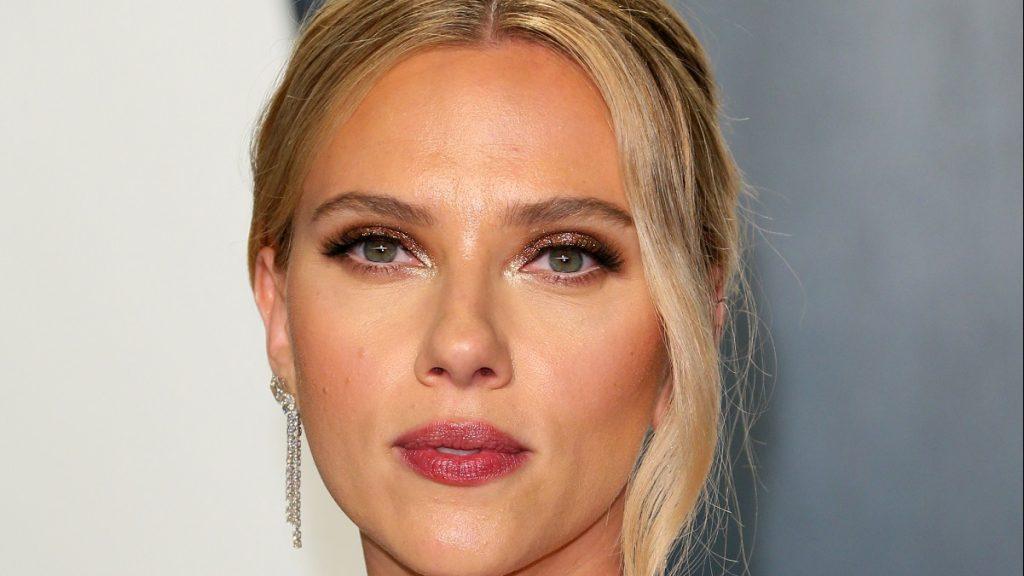 Scarlett Johansson kritizálta a hiperszexualizált ábrázolását az első Marvel-filmjében