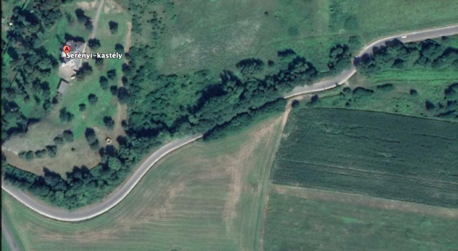 Rogán Barbara falujában a kastély után a környező földek is egy V. kerületi üzletemberhez kerültek