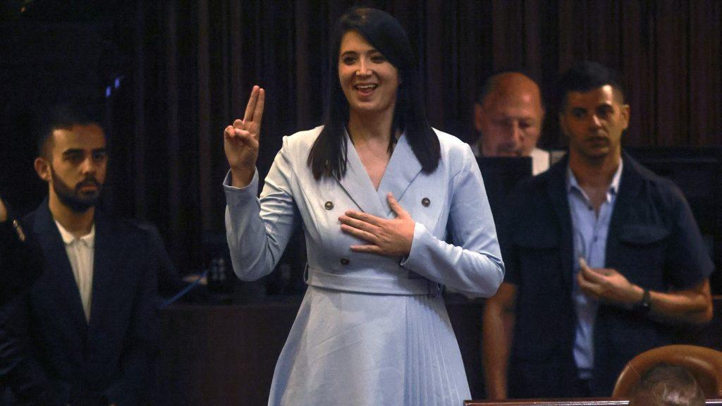 Jelnyelven szólalt fel a parlamentben Izrael első siketnéma képviselője