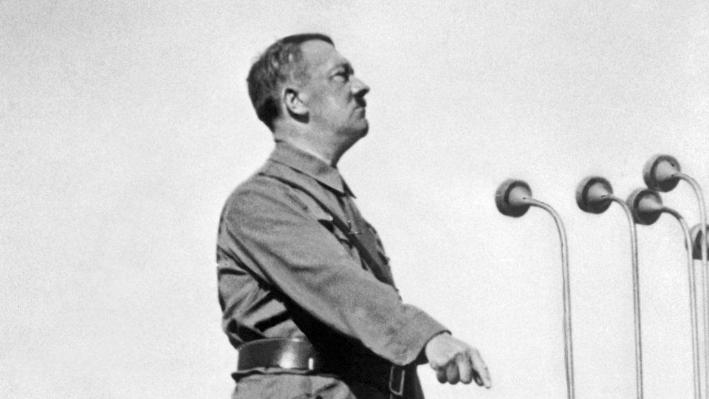 Komoly nemtetszést váltott ki a játék, amiben Hitlert kell kezelni, hogy ne legyen holokauszt