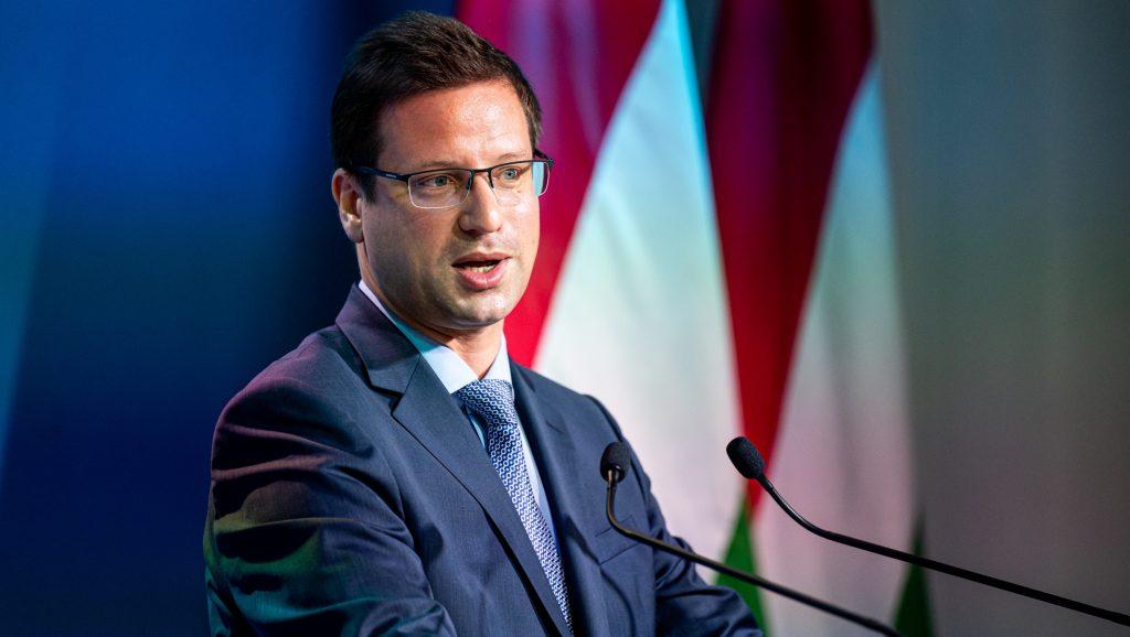 Gulyás Gergely nem volt hajlandó elárulni, Magyarország vett-e izraeli kémszoftvert