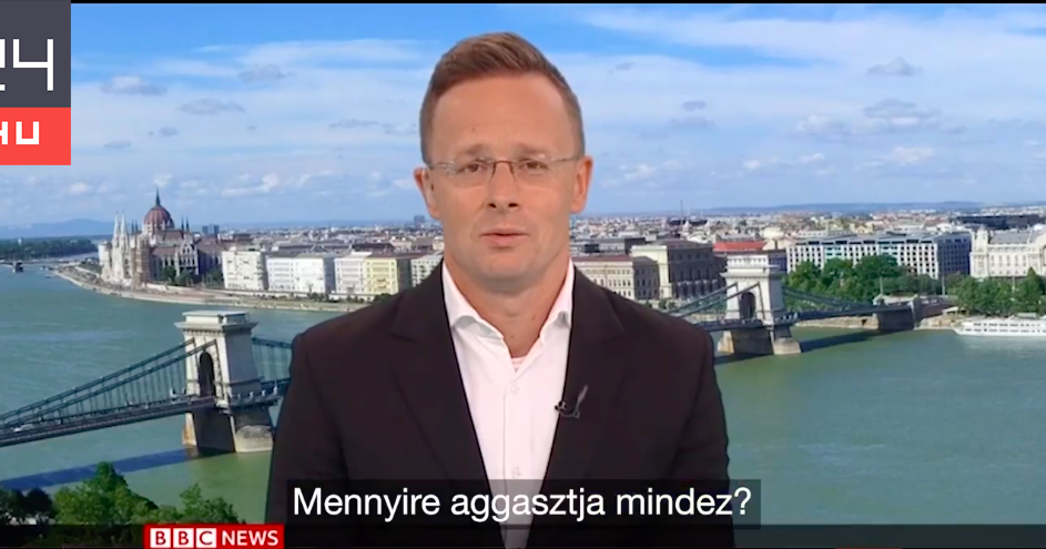 Szijjártó Péter a BBC-n: Folyamatos támadás alatt állunk