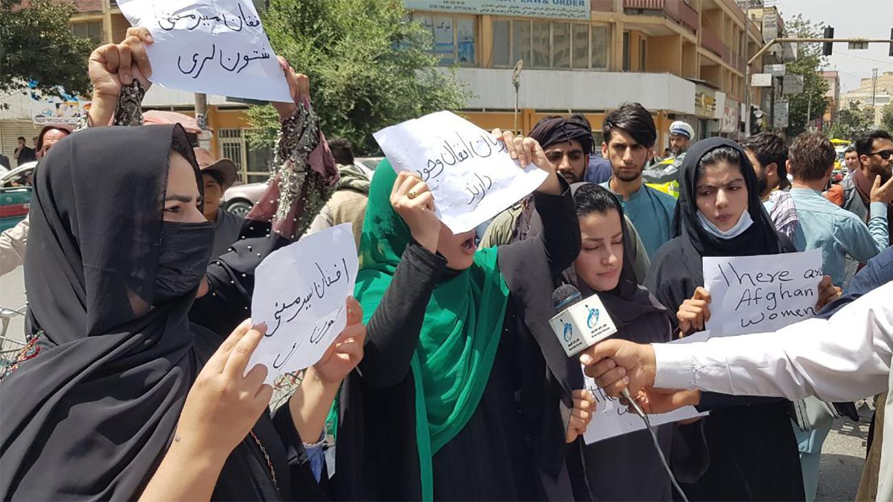 afgán nő találkozása