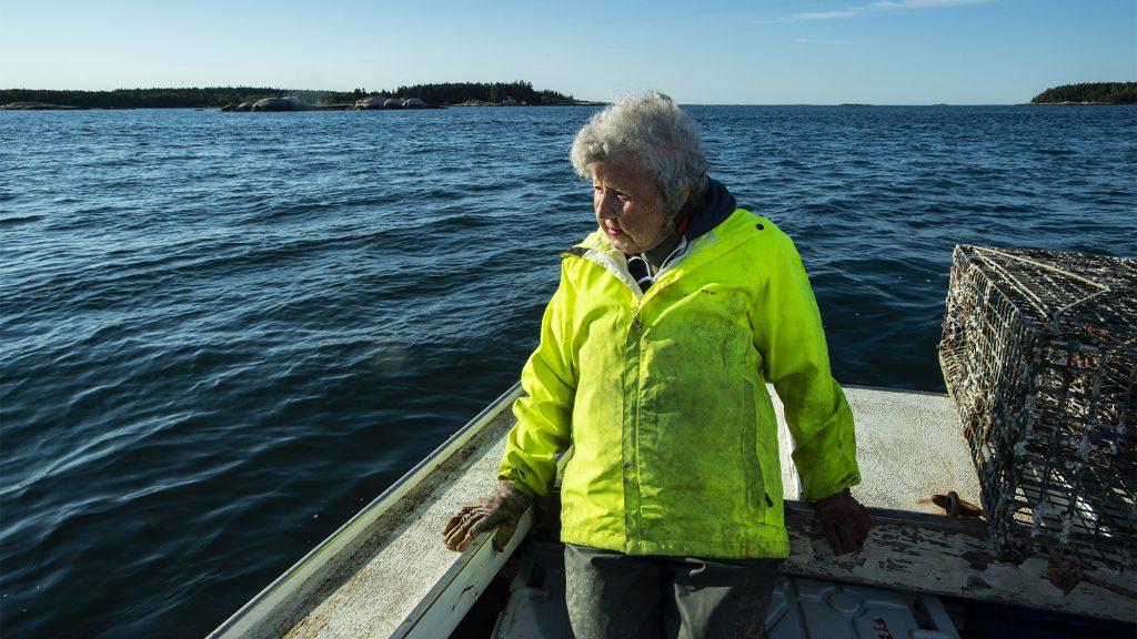 """""""Máshogy éltem, mint a legtöbb nő"""" – 101 évesen is naponta kimegy rákászni a tengerre"""