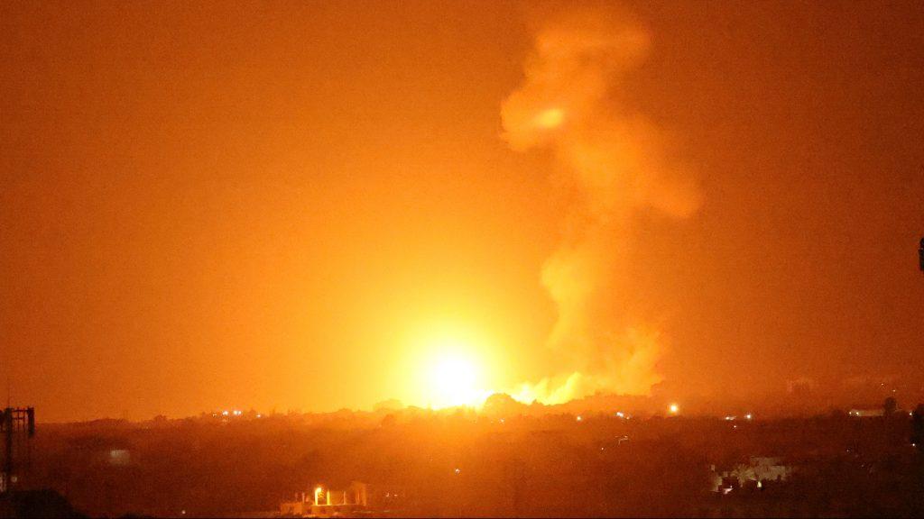 Palesztin célpontokat támadott az izraeli légierő Gázában
