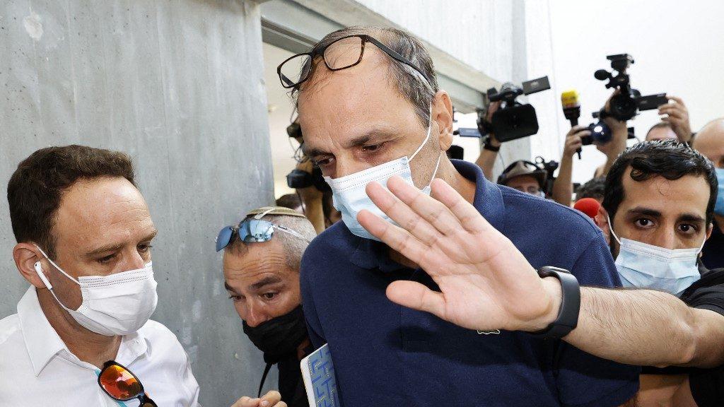 Az olasz felvonó-balesetben árván maradt kisfiú felügyeletén vitatkozik a családja