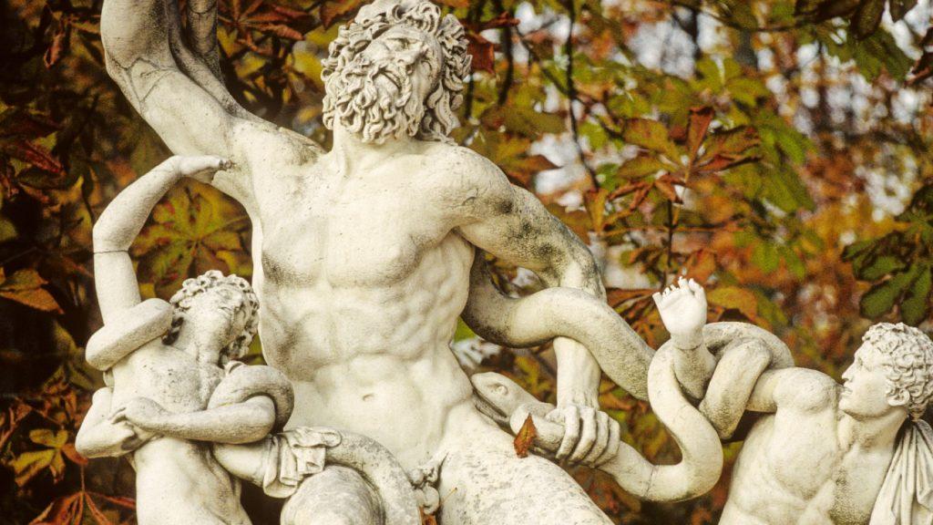 Ezért kicsi az ókori férfiszobrok pénisze