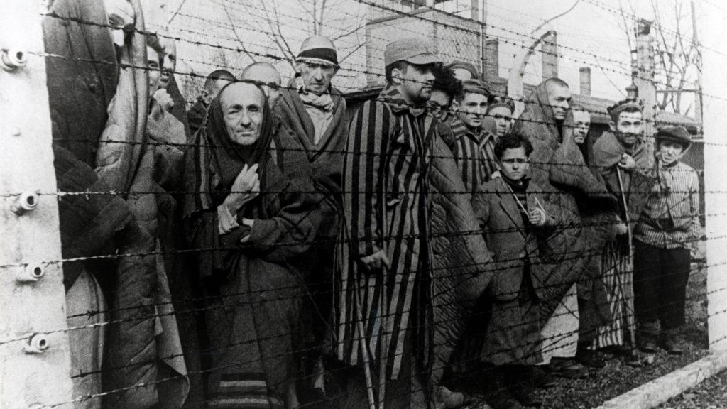 Lágerérzetek: hangok, tapintások, ízek, szagok a koncentrációs táborokban