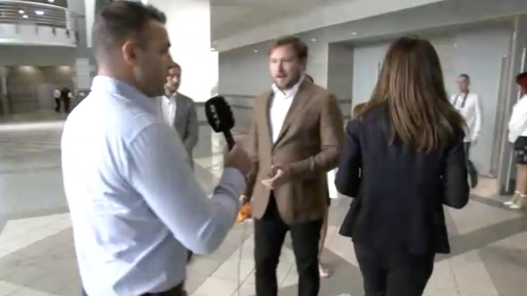 Varga Judit világszínvonalú elsétálást mutatott be, amikor arról kérdezték, adott-e engedélyt a jachtozásokat lebuktató újságíró megfigyelésére