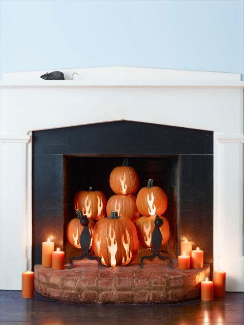 54eb60663731e_-_clx-pumpkin-decorating-ideas-great-balls-of-fire-s2-1.jpg