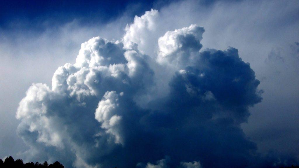 Ipolytarnóc, 2016. május 11. Pirocumulus felhõ, vagy más néven füstgomolyfelhõ (a cumulus egyik formája) az Ipolytarnóci Õsmaradványok Természetvédelmi Terület fölött egy tavaszi délutánon. MTVA/Bizományosi: Jászai Csaba  *************************** Kedves Felhasználó! Ez a fotó nem a Duna Médiaszolgáltató Zrt./MTI által készített és kiadott fényképfelvétel, így harmadik személy által támasztott bárminemû – különösen szerzõi jogi, szomszédos jogi és személyiségi jogi – igényért a fotó készítõje közvetlenül maga áll helyt, az MTVA felelõssége e körben kizárt.