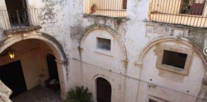 Ilyen volt, ilyen lett – Bárki megszállhat a felújított 900 éves kastélyban 1
