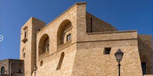 Ilyen volt, ilyen lett – Bárki megszállhat a felújított 900 éves kastélyban 10