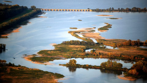 Poroszló, 2010. október 3. A Tisza-tó részlete a Heves megyei Poroszló közelében. MTI Fotó: H. Szabó Sándor