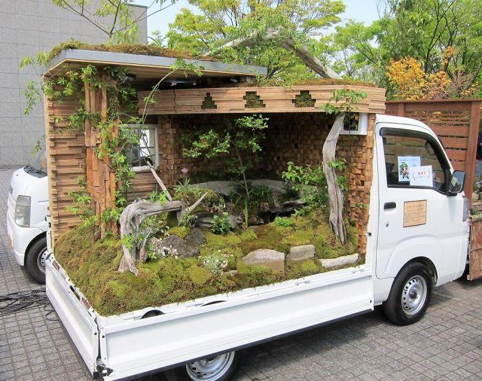 truck-garden-contest-landscape-kei-tora-japan-39-5b1e6bef95803__700.jpg