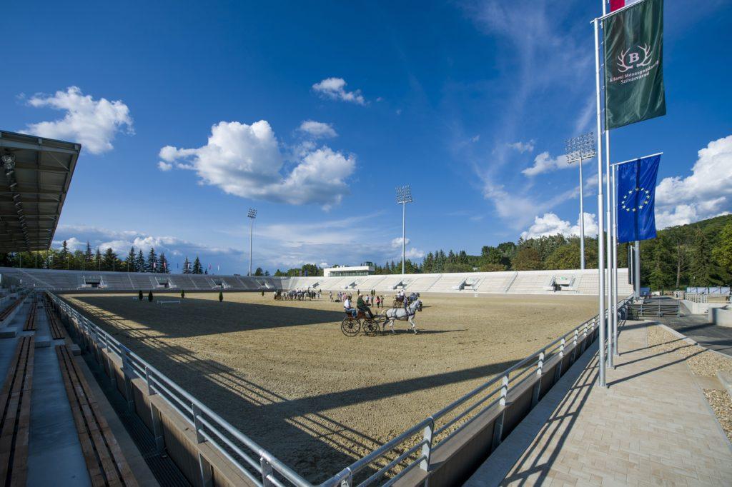 Szilvásvárad, 2018. augusztus 17. Az új lipicai lovasközpont Szilvásváradon a megnyitó elõtti napon, 2018. augusztus 17-én. MTI Fotó: Komka Péter