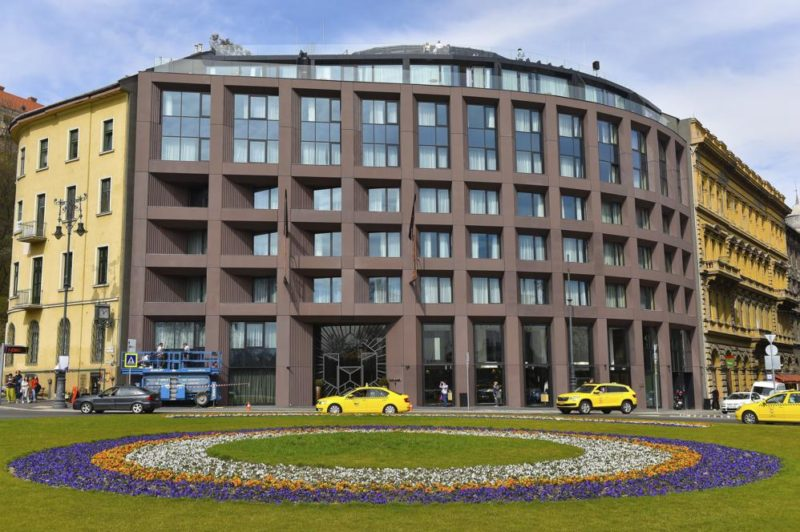Budapest, 2018. április 5. Az újonnan megnyílt Hotel Clark szálloda az I. kerületi Clark Ádám téren 2018. április 5-én. MTI Fotó: Máthé Zoltán