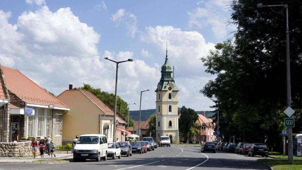 Szécsény, 2010. augusztus 12. A XVIII. század elején épült barokk stílusú tûztorony a Rákóczi úton, Szécsényben. MTI Fotó: Czimbal Gyula