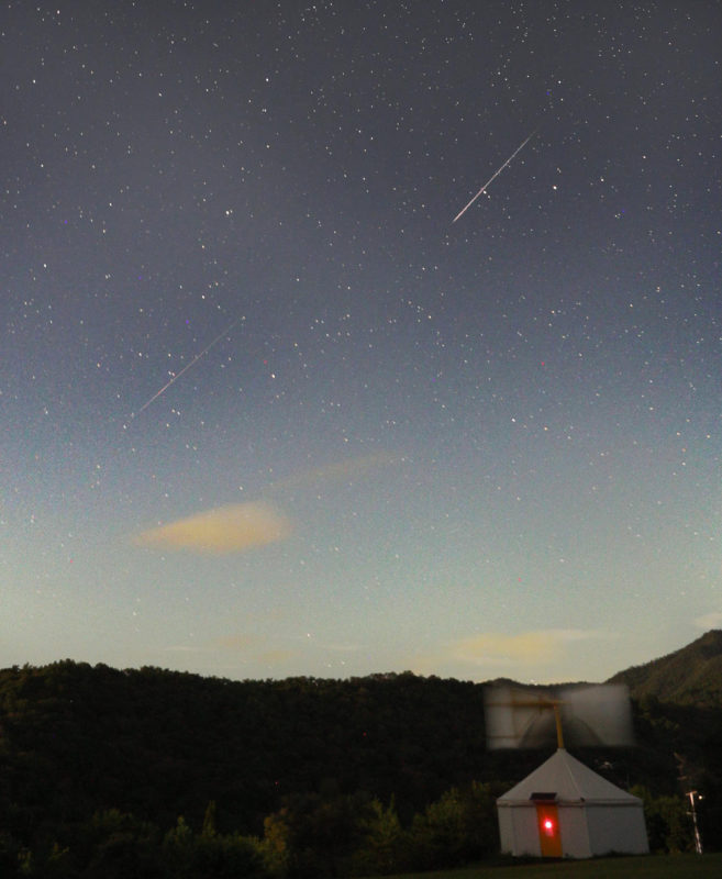 A picture shows the shooting star of Perseids in Mita, Hyogo prefecture on August 13, 2019.  ( The Yomiuri Shimbun )