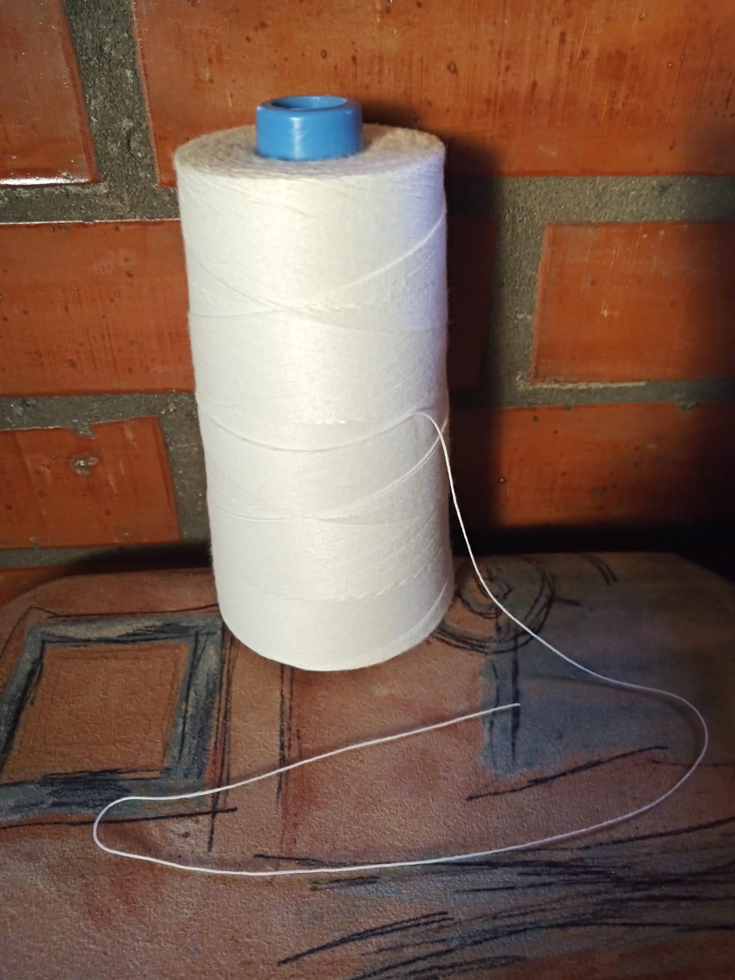 Textilhulladékból készít csodás rongyszőnyegeket egy tanárnő