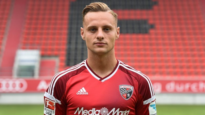 Ingolstadt's midfielder Robert Bauer poses during a team presentation of the German first division Bundesliga team FC Ingolstadt 04 in Ingolstadt, southern Germany, on July 27, 2016.  / AFP PHOTO / CHRISTOF STACHE