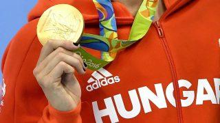 Rio de Janeiró, 2016. augusztus 10. A gyõztes Hosszú Katinka a nõi 200 méteres vegyesúszás eredményhirdetésén a riói nyári olimpián a Rio de Janeiró-i Olimpiai Uszodában 2016. augusztus 9-én. MTI Fotó: Illyés Tibor