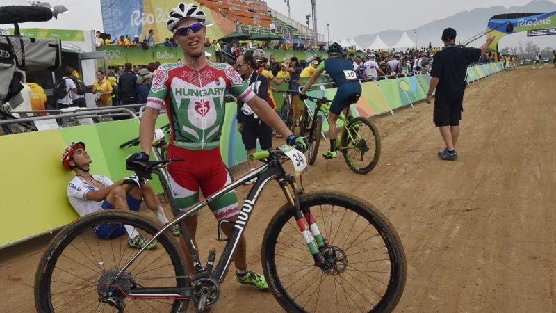 Rio de Janeiro, 2016. augusztus 21. Parti András a riói nyári olimpia hegyikerékpáros versenye végén Rio de Janeiróban, a Hegyikerékpáros Központban 2016. augusztus 21-én. Parti András a 24. lett. MTI Fotó: Illyés Tibor