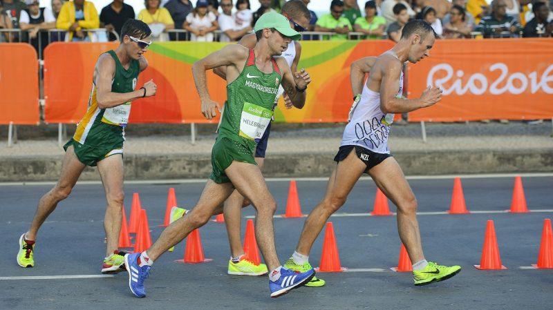 Rio de Janeiro, 2016. augusztus 12. Helebrandt Máté (k) a riói nyári olimpia férfi 20 kilométeres gyaloglás versenyszámában Rio de Janeiróban 2016. augusztus 12-én. Helebrandt Máté a 28. helyen végzett. MTI Fotó: Czeglédi Zsolt