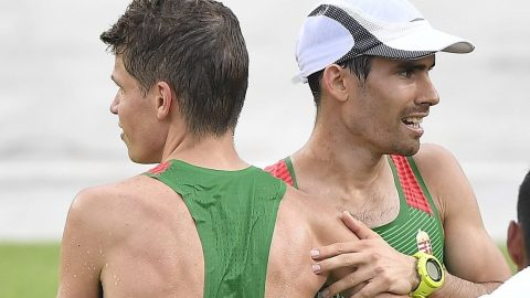 Rio de Janeiro, 2016. augusztus 21. Csere Gáspár (j) és Józsa Gábor a riói nyári olimpia férfi maratonfutás versenyszáma után Rio de Janeiróban, a Szambasétényon 2016. augusztus 21-én. Józsa a 87., Csere a 109. lett. MTI Fotó: Czeglédi Zsolt
