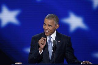 Philadelphia, 2016. július 28. Barack Obama amerikai elnök beszédet mond az amerikai Demokrata Párt elnökjelölt-állító országos konvenciójának harmadik napi ülésén Philadelphiában 2016. július 27-én. (MTI/EPA/Shawn Thew)