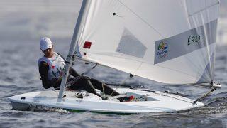Rio de Janeiro,  2016. augusztus 10. Érdi Mária a Rio de Janeiró-i nyári olimpia nõi Laser Radial hajóosztályának harmadik futamában a Guanabara-öbölben 2016. augusztus 9-én. A 18 éves sportoló rajt-cél gyõzelmet aratott a 46 perces futam során. (MTI/EPA/Nic Bothma)