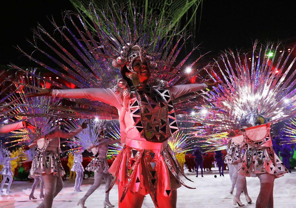 Rio de Janeiro, 2016. augusztus 22.Táncosok a XXXI. nyári olimpiai játékok záróünnepségén a Rio de Janeiró-i Maracana Stadionban 2016. augusztus 21-én. (MTI/AP/Matt Dunham)
