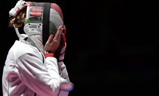 Rio de Janeiro, 2016. augusztus 6. Szász Emese örül, miután gyõzött az olasz Rossella Fiamingo ellen a 2016-os riói nyári olimpia nõi párbajtõrversenye döntõjében a Rio de Janeiró-i 3-as Karióka Arénában 2016. augusztus 6-án. Szász Emese 15-13-ra nyert és olimpiai bajnok lett. MTI Fotó: Czeglédi Zsolt