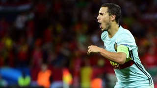 Belgium's forward Eden Hazard celebrates after scoring his team's third goal  during the Euro 2016 round of 16 football match between Hungary and Belgium at the Stadium Municipal in Toulouse on June 26, 2016.   / AFP PHOTO / EMMANUEL DUNAND