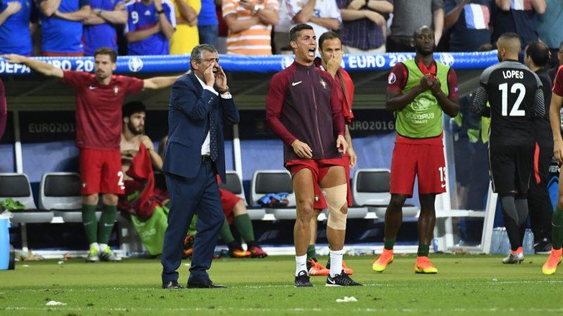 Fernando Santos (POR) / Cristiano Ronaldo (POR) during the UEFA Euro 2016, Final football match between Portugal and France on July 10, 2016 at Stade de France in Saint-Denis, France - Photo Alain Grosclaude / DPPI