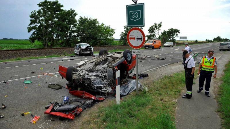 Halálos baleset történt Debrecen közelében, a 33-as főúton