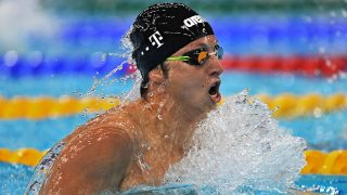 DUBAI, UNITED ARAB EMIRATES - NOVEMBER 07: David Verraszto, of Hungary, during heat three of the men's 200 meter Individual Medley during day two of the FINA Swimming World Cup 2015 at the Hamdan Sports Complex November 7, 2015 in Dubai, United Arab Emirates. (Photo by Jeff Topping/Getty Images)