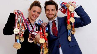 Budapest, 2015. január 11.Hosszú Katinka úszónó és férje, egyben edzője, Shane Tusup Budapesten 2015. január 10-én. Az úszónő 2014-ben öt világrekordot állított fel, hat Európa-bajnoki érmet (közte három egyéni aranyat), 68 világkupa-érmet (közte 51 aranyat) szerzett, 122 győzelemmel ő vezeti a vk-történet örökranglistáját. Tavaly elnyerte a Nemzetközi Úszó Szövetség (FINA) az év legjobb női úszójának járó elismerését, Magyarországion év legjobb női sportolója lett és a Figyelő gazdasági hetilap első alkalommal neki ítélte Év Embere díját.MTI Fotó: Kovács Anikó